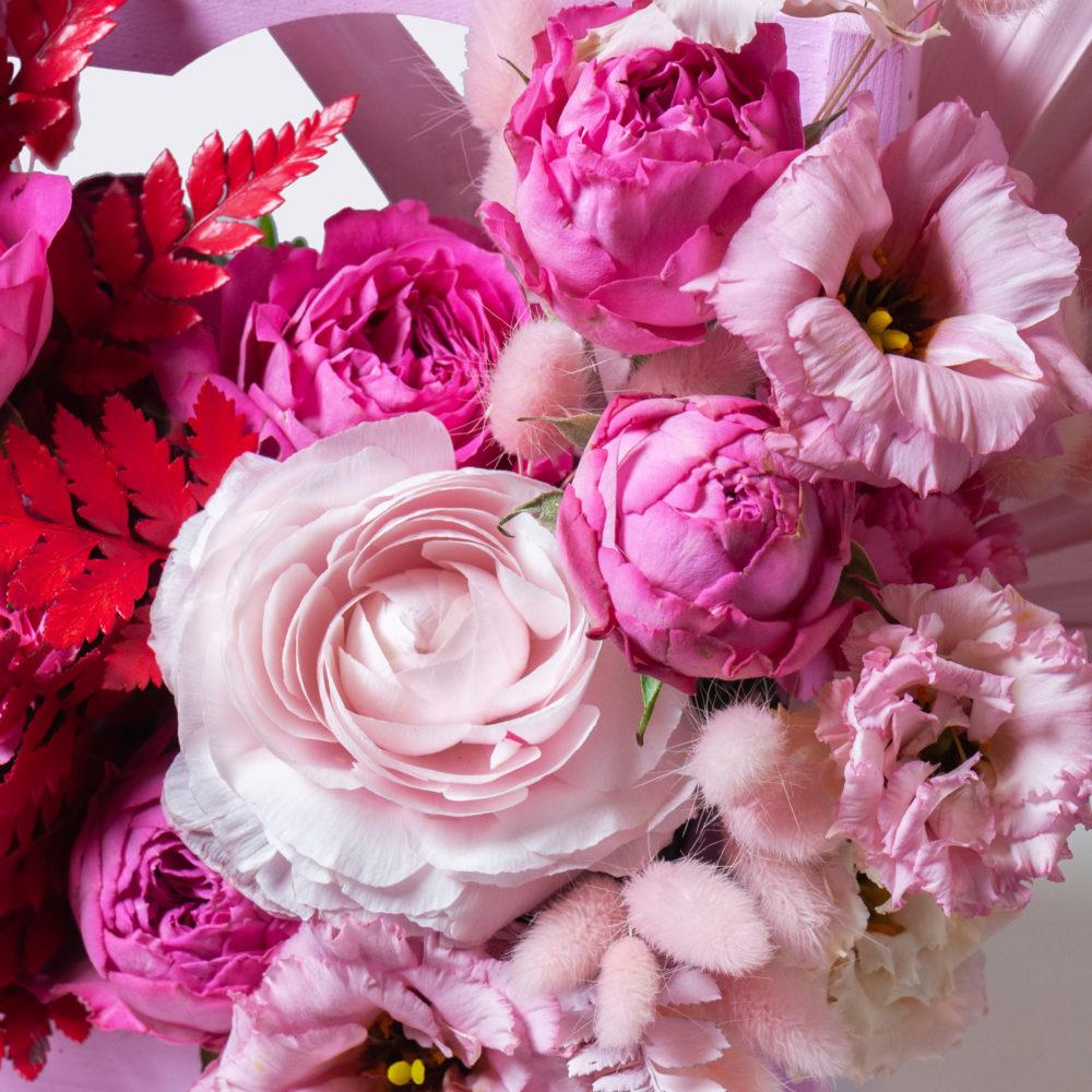 Ящик в красно-розовой гамме №13 - цветы в Спб