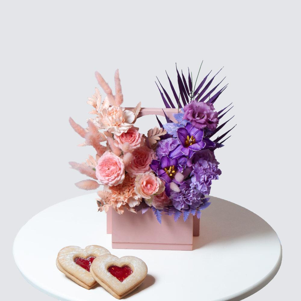 Ящик в лавандово-персиковой гамме №17 - купить цветы в Санкт Петербурге