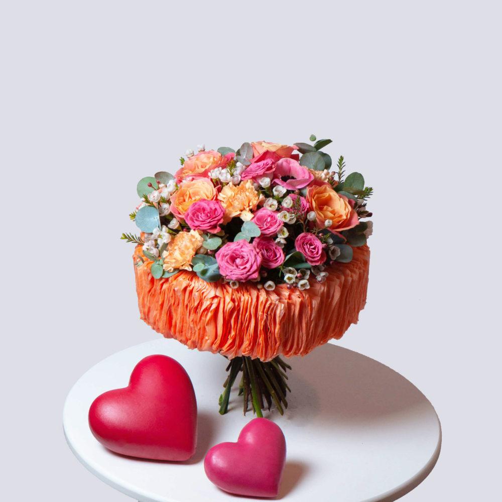 Букет на каркасе в розово-оранжевой гамме №36 - купить цветы в Санкт Петербурге