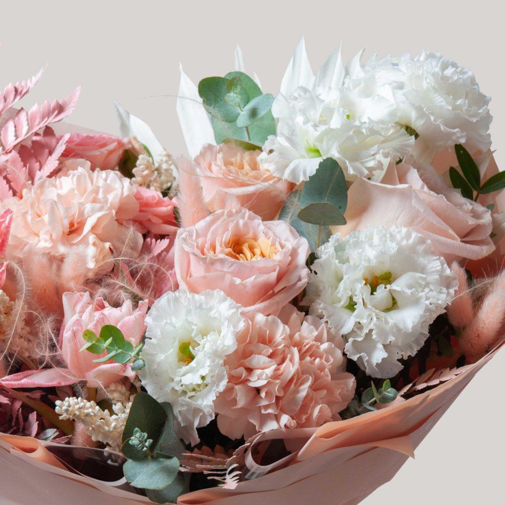 Букет в бело-розовой гамме №27 - цветы в Спб
