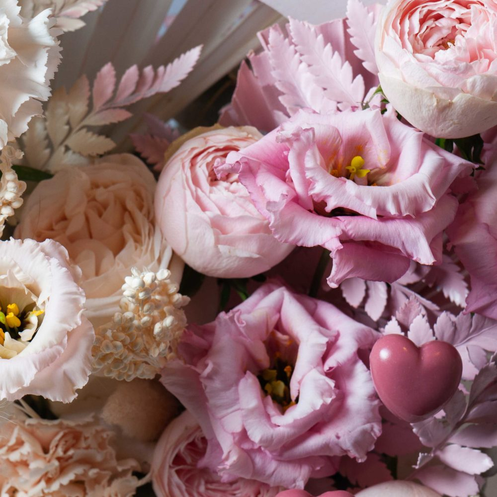 Ящик в бело-розовой гамме №10 - цветы в Спб