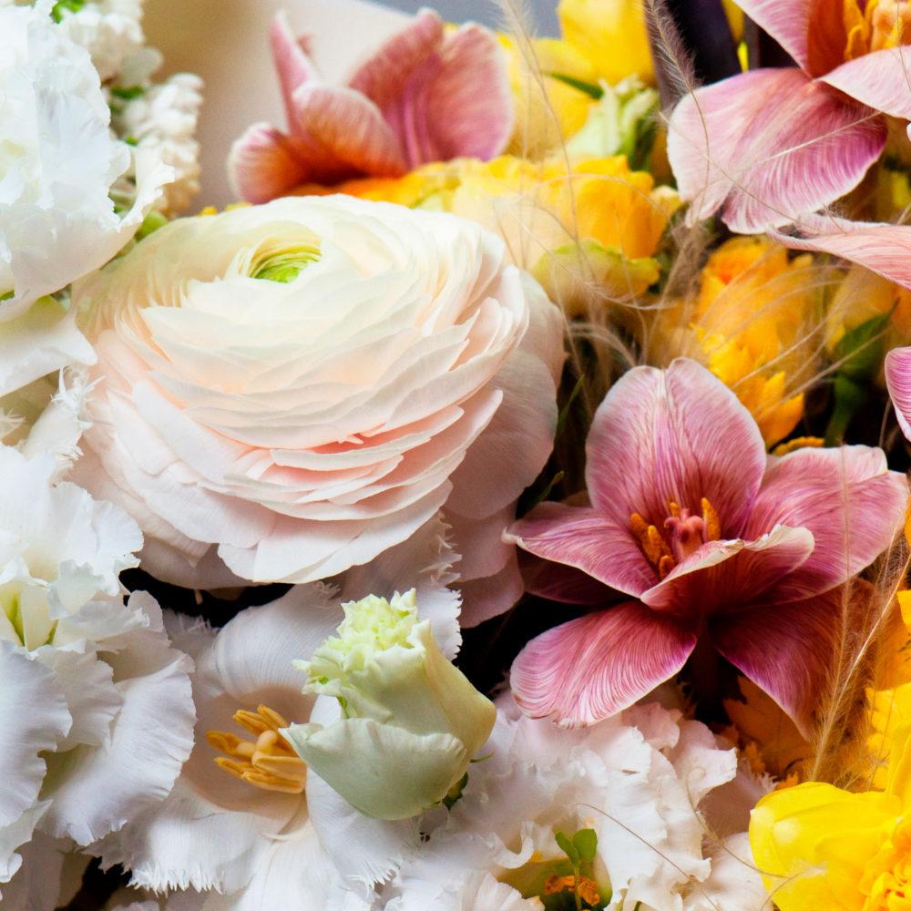 Букет в бело-желтой гамме №41 - цветы в Спб