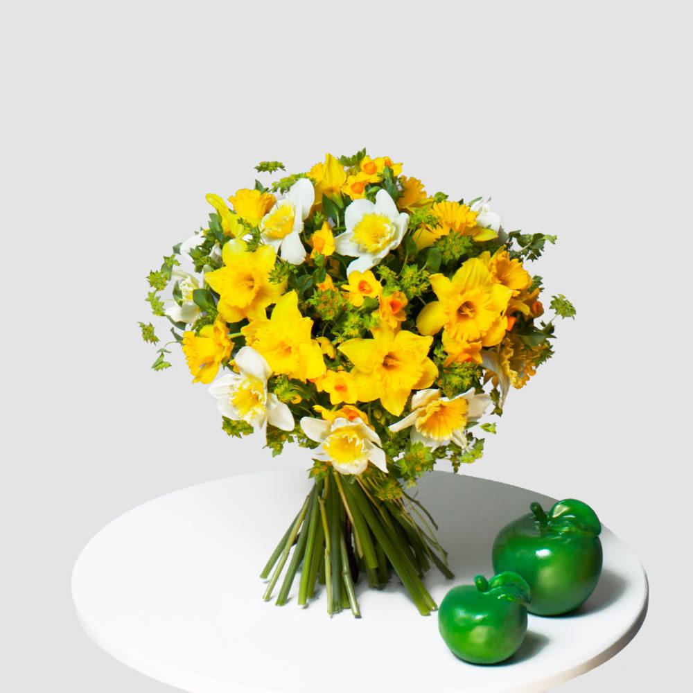Монобукет с нарциссами №13 - купить цветы в Санкт Петербурге