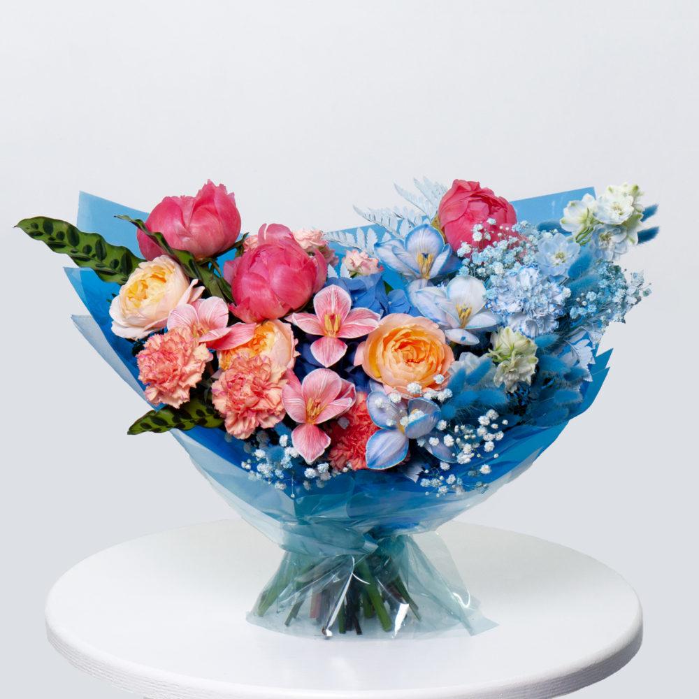 Букет в розово-голубой гамме №47 - купить цветы в Санкт Петербурге