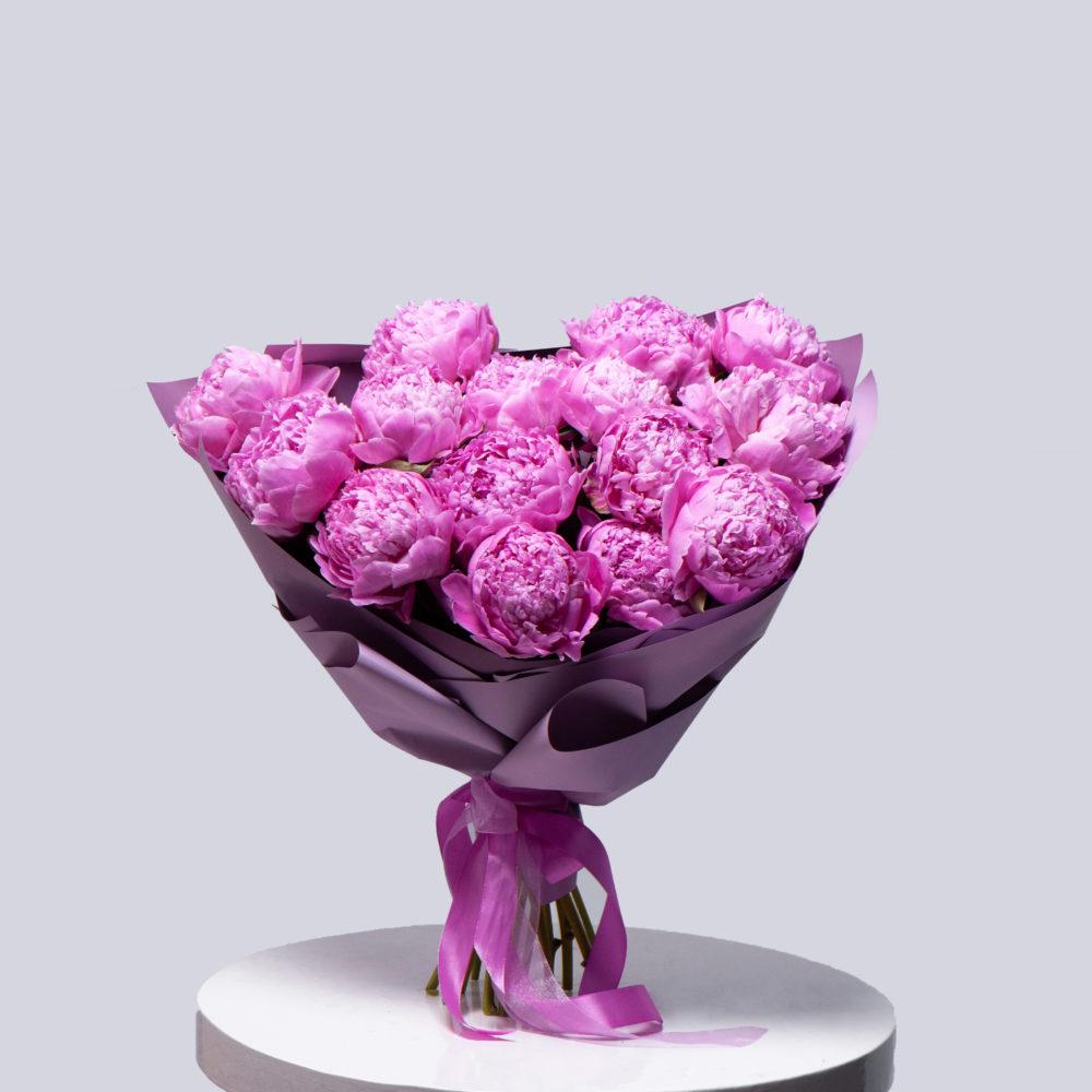 Монобукет из пионов №5 - купить цветы в Санкт Петербурге