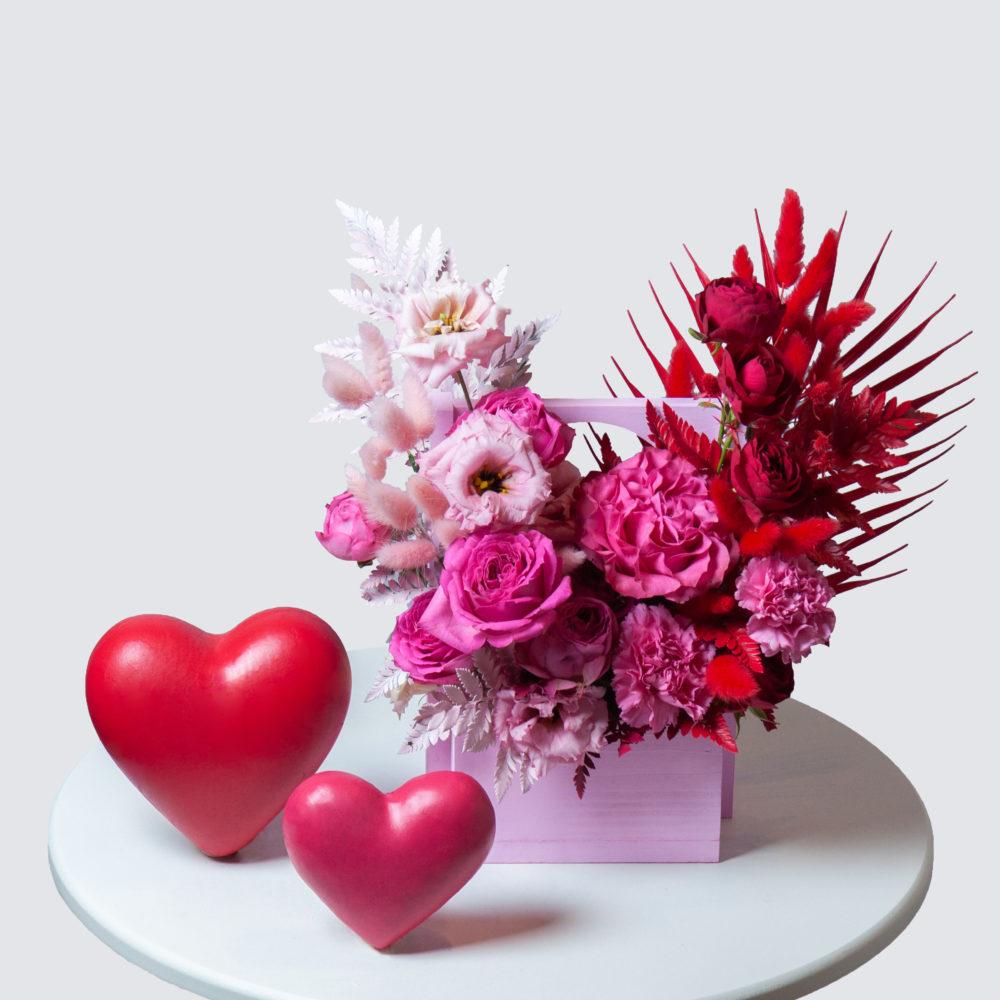 Ящик в красно-розовой гамме №12 - купить цветы в Санкт Петербурге