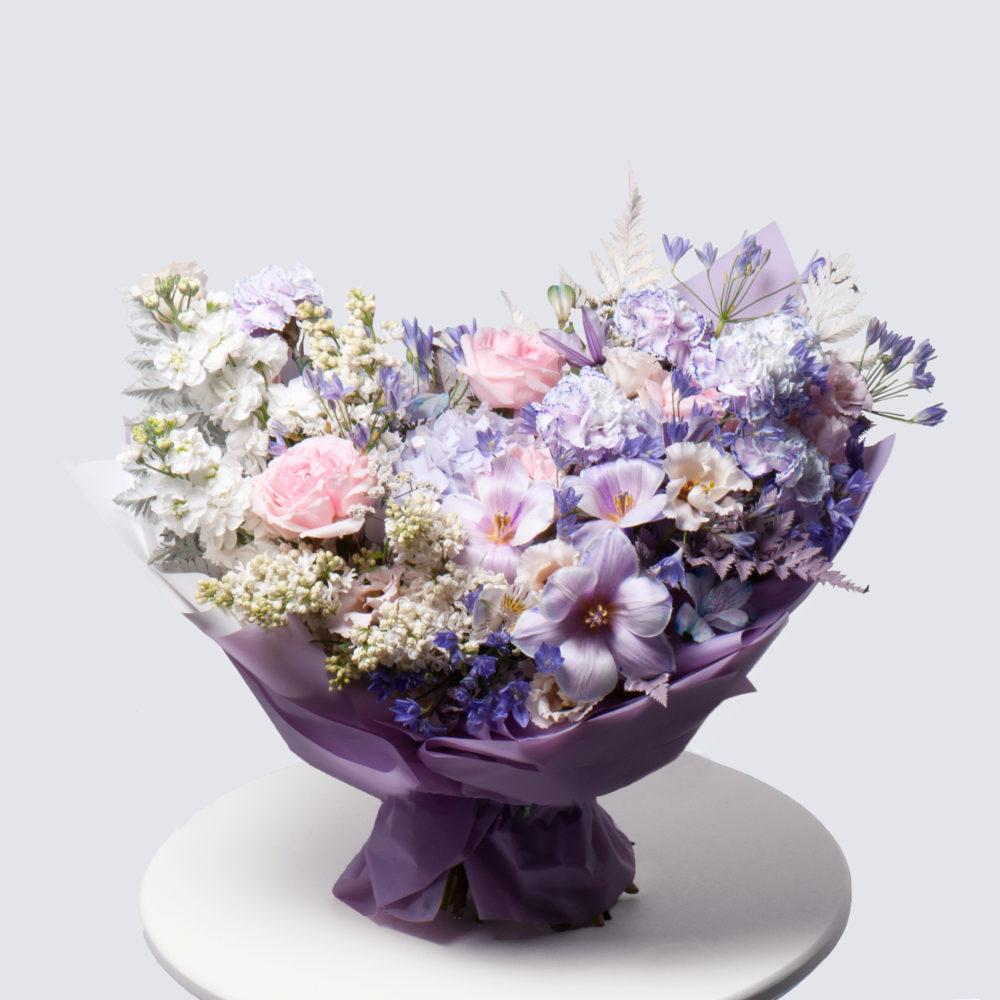 Букет в фиолетово-белой гамме №51 - купить цветы в Санкт Петербурге