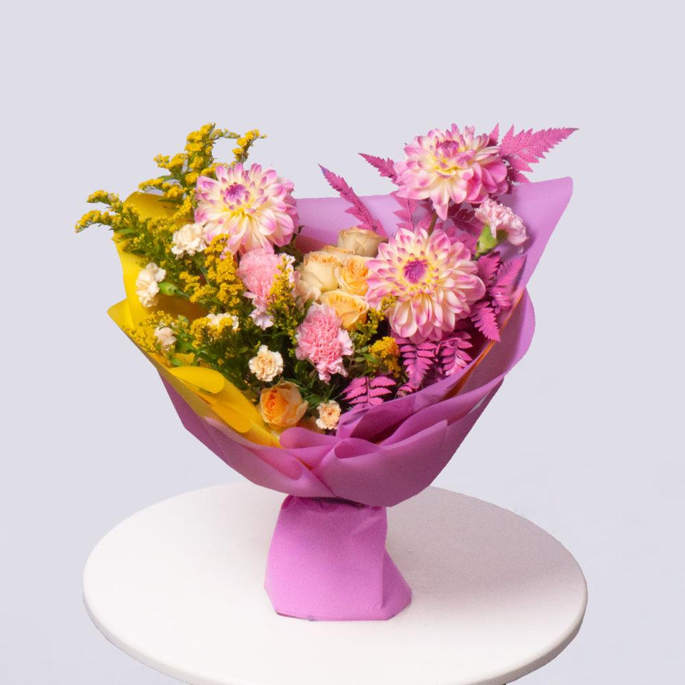Букет в розово-белой гамме №62 - купить цветы в Санкт Петербурге