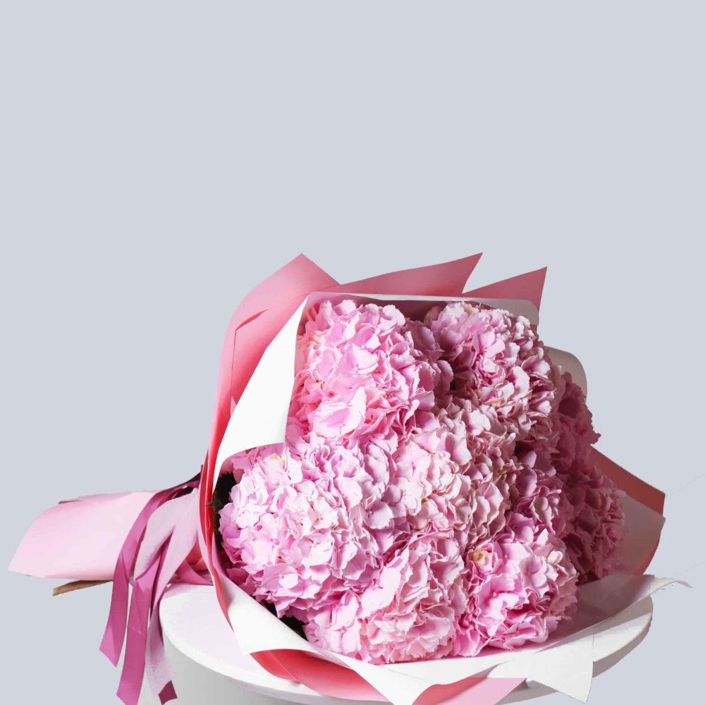 Монобукет из гортензий №2 - купить цветы в Санкт Петербурге