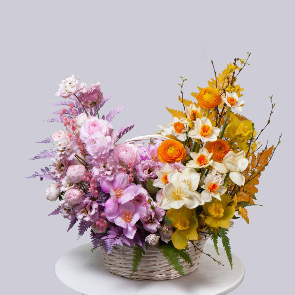 Корзина в оранжево-розовой гамме №7 - купить цветы в Санкт Петербурге