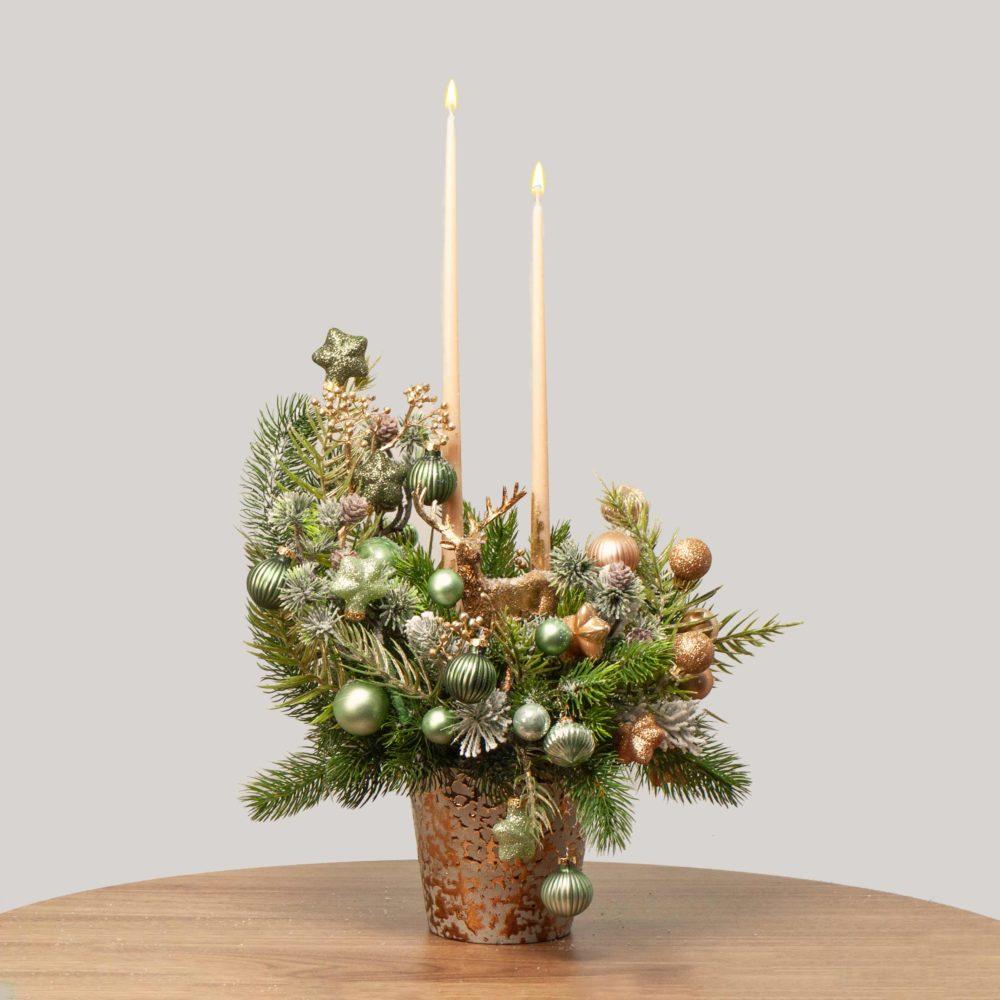 Новогодняя композиция в золотисто-зеленой гамме №44 - купить цветы в Санкт Петербурге