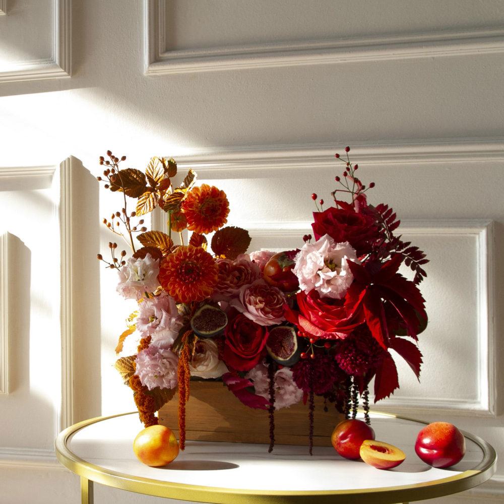 Ящик в алой гамме №9 - купить цветы в Санкт Петербурге