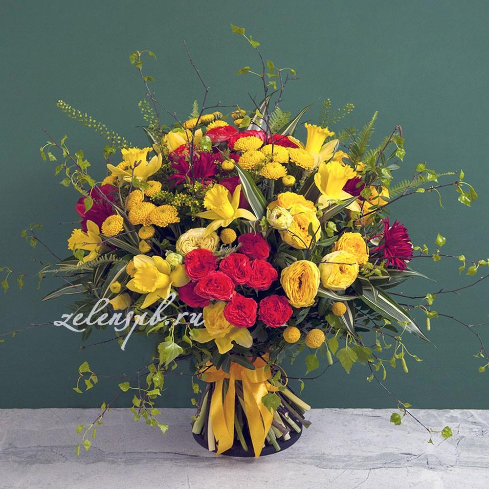 Круглый букет с кустовой розой  №3 - купить цветы в Санкт Петербурге