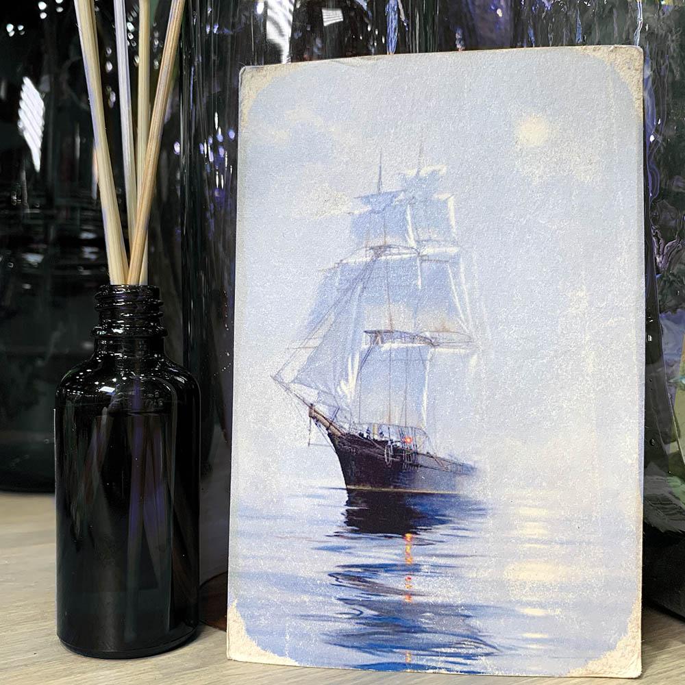 Открытка «Белые паруса» - купить цветы в Санкт Петербурге