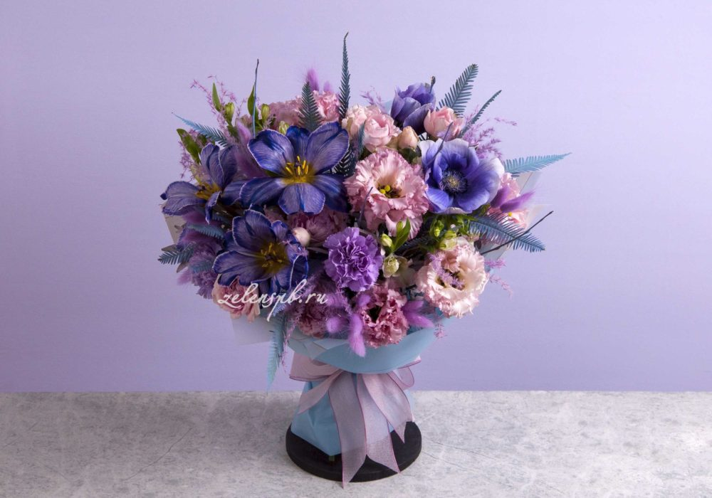 Круглый букет в фиолетовой гамме №6 - купить цветы в Санкт Петербурге